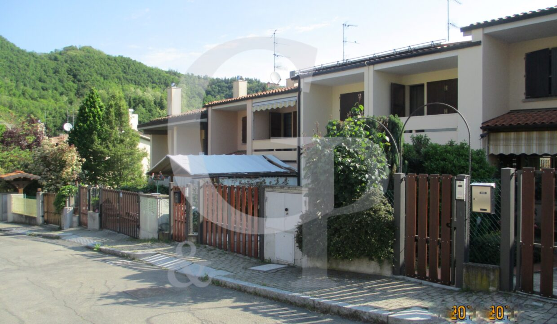 villetta bologna vendita mitterrand monte san pietro