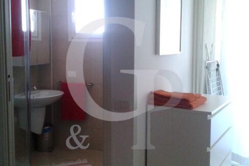 bagno gabicce mare appartamento bilocale vendita ristrutturato battisti