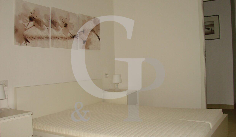 camera appartamento bilocale ristrutturato arredato vendita gabicce mare battisti