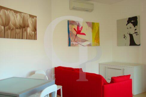 soggiorno appartamento vendita gabicce mare bilocale ristrutturato battisti