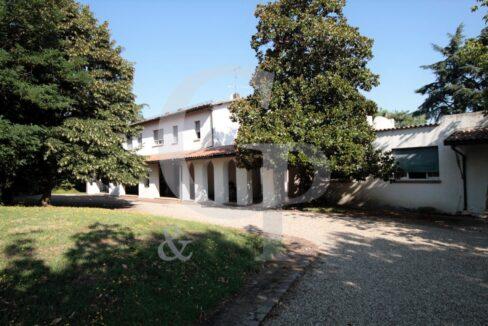 villa monteveglio puglie bologna vendita colli