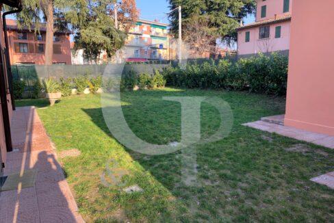 giardino appartamento valsamoggia crespellano vendita ristrutturato