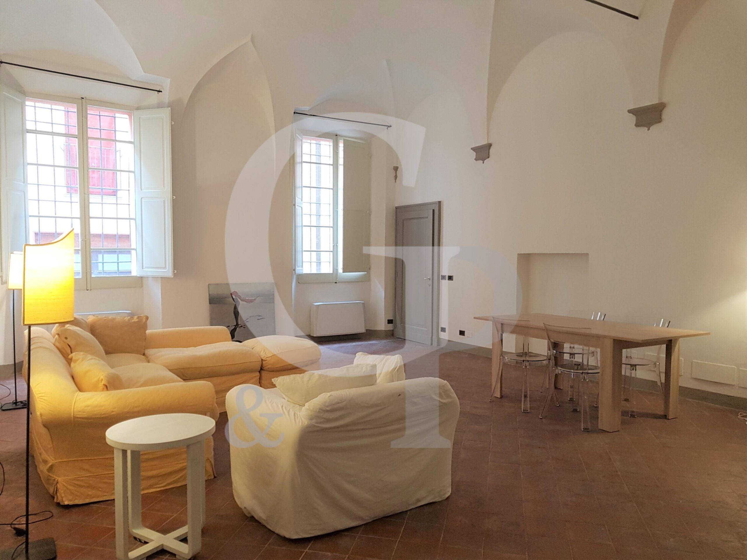 Bologna, Ampio bilocale ristrutturato (Via Goito, Centro) – Affitto